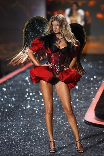 The Victoria's Secret Fashion Show 2009 Poster
