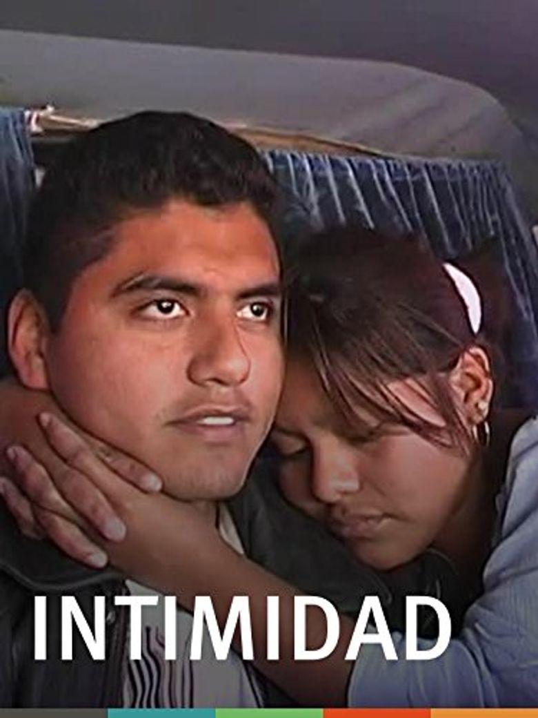 Intimidad Poster