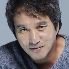 Cho Jae-hyun Image