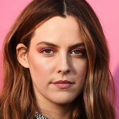 Riley Keough Image