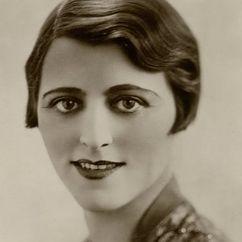Jeanne De Casalis Image
