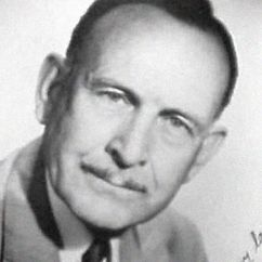 Frank M. Thomas Image