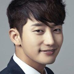 Park Si-hoo Image