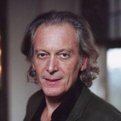 Ronald Guttman Image