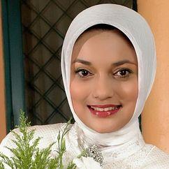 Marissa Haque Image