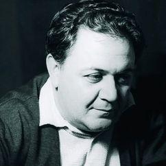 Manos Hatzidakis Image
