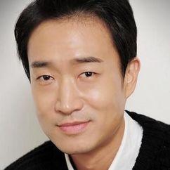 Jo Woo-jin Image