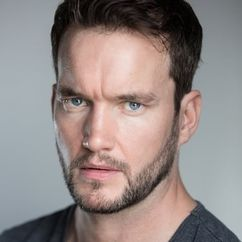 Gareth David-Lloyd Image