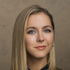 Stephanie Danler Image