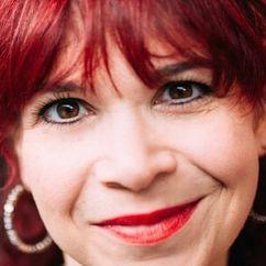 Debbie Chazen Image