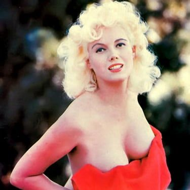 Bunny Yeager Image