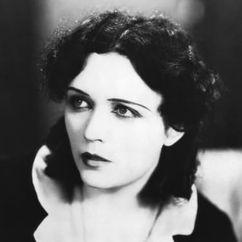 Pola Negri Image