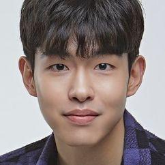 Kim Doh-yon Image