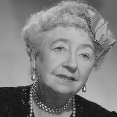 Dame May Whitty Image