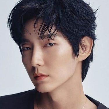 Lee Joon-gi Image
