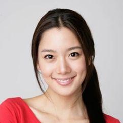 Clara Lee Image