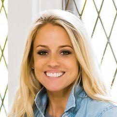 Nicole Curtis Image