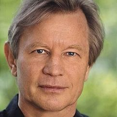 Michael York Image
