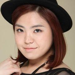 Kim Min-young Image
