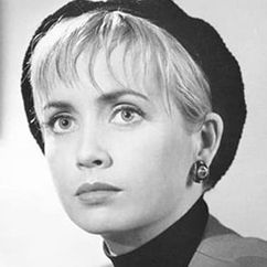 Lysette Anthony Image