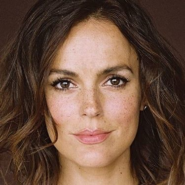 Erin Cahill Image