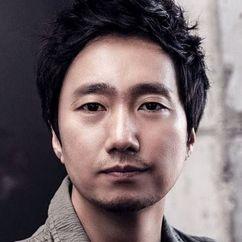Park Hae-il Image