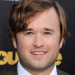 Haley Joel Osment Image