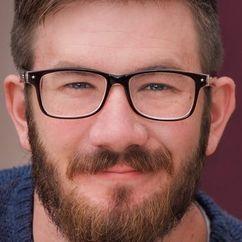 Travis Lincoln Cox Image