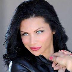 Sofia Shinas Image
