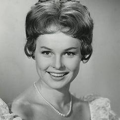 Ghita Nørby Image