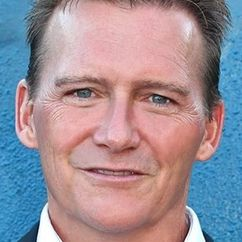 Wade Everett Image
