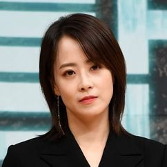 Ryu Hyun-kyung Image