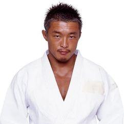 Yoshihiro Akiyama Image