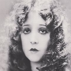 Madge Bellamy Image