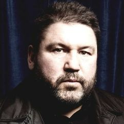 Ricky Grover Image