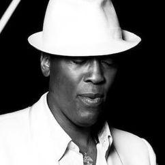 Warren 'Slim' Williams Image