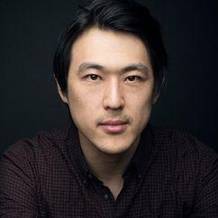 James Chen Image