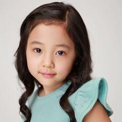 Hwang Chae-won Image