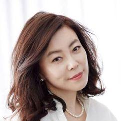 Choi Hwa-jeong Image