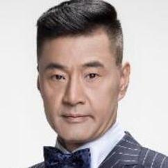 Yu Rong-Guang Image