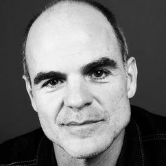 Michael Kelly Image
