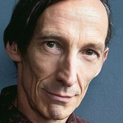Julian Richings Image