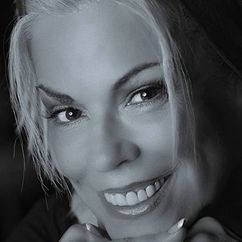 Anne Gaybis Image