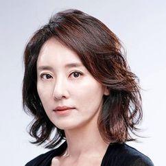 Yoon Da-kyung Image