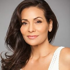 Constance Marie Image