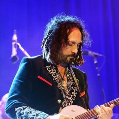 Mike Campbell Image