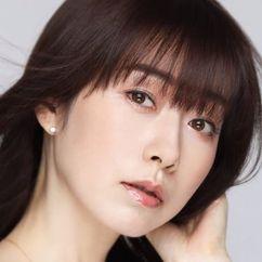 Masumi Asano Image