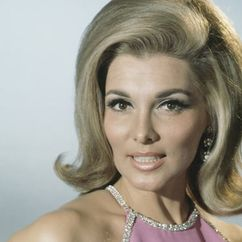 Nancy Kovack Image