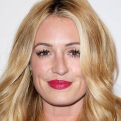 Cat Deeley Image