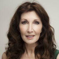 Joanna Gleason Image